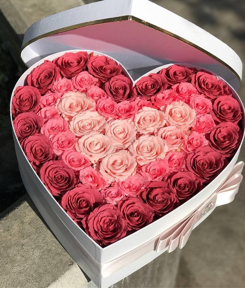 Flores en Caja Corazón con Rosas