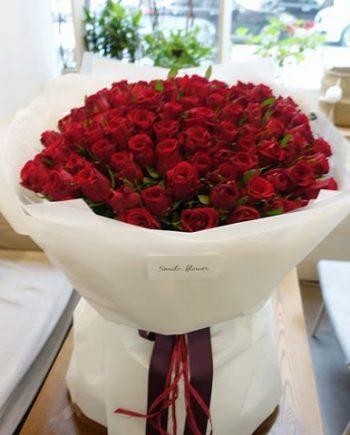 Arreglo de 300 rosas rojas